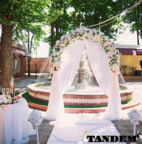 Свадебная арка - Персик