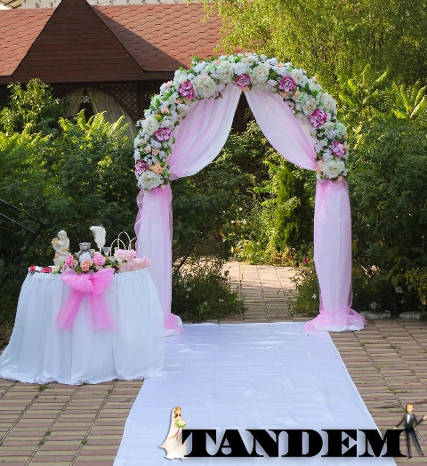 Свадебная арка - Розовая мечта
